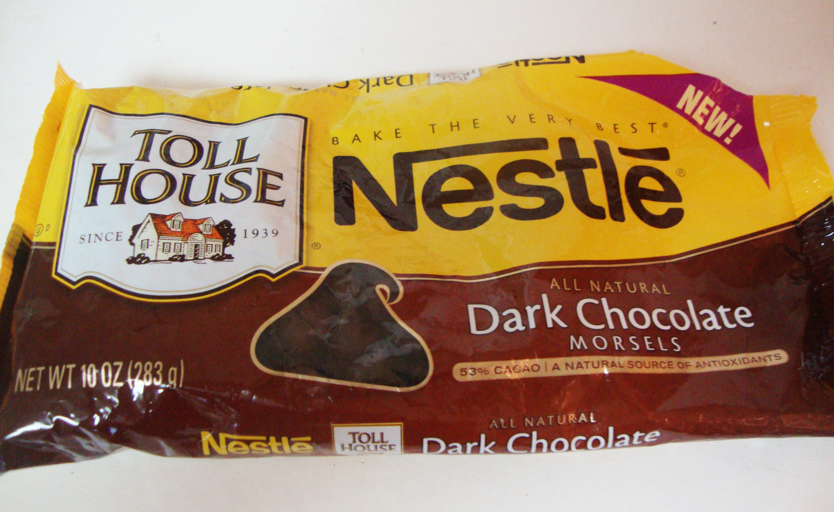 Chocolate Review- Nestle Dark Chocolate chipsNestle Dark Chocolate Chips